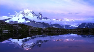 fascinating-mirror-reflection-amazing-awesome-beauty-blue-cool-lovely-nice-reflection