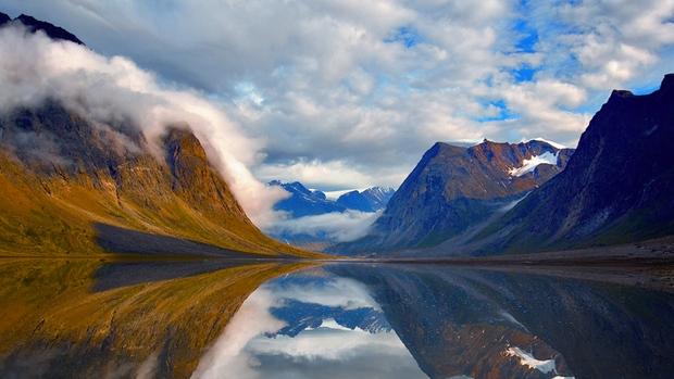 hi-parks-canada-fjord-8col